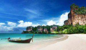 รีวิว หาดไร่เลย์ ชายหาดที่สวยงามและบรรยากาศที่ผ่อนคลาย